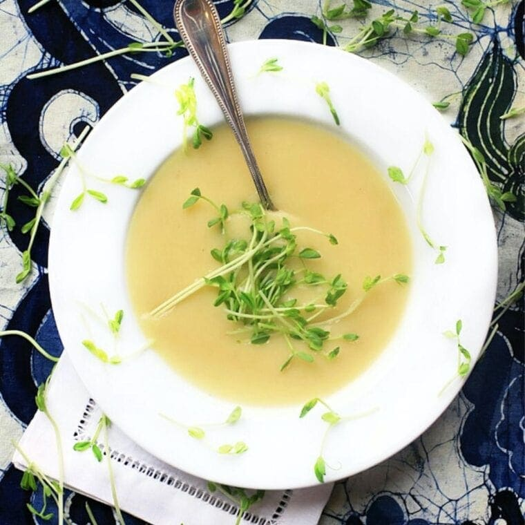 Healthy Potato Leek Soup in a white bowl