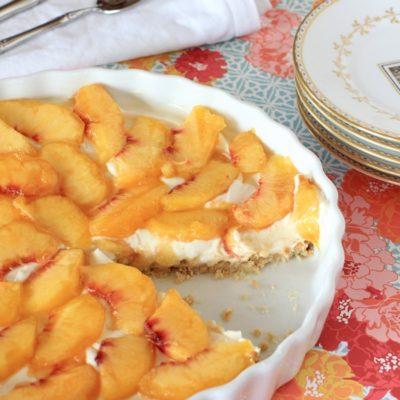 Healthy and delicious! Peach & Berry Cream Cheese Tart | Recipe is gluten-free and grain free too!