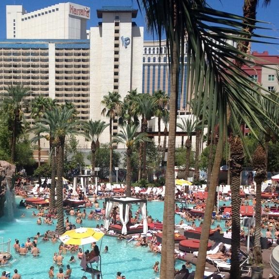 poolside Las Vegas