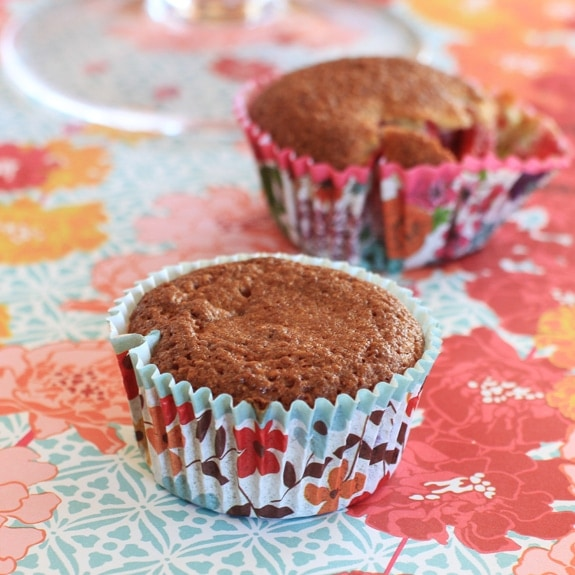almond flour and berry muffins #gluten-free