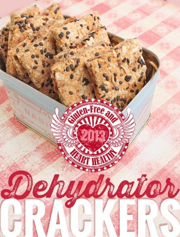 Onion & Sun Dried Tomato Almond Crackers #glutenfree #vegan