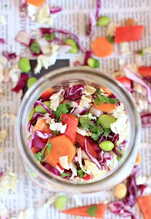 Crunchy Asian Chopped Cabbage Salad with Peanut Dressing in a Jar // The Spicy RD