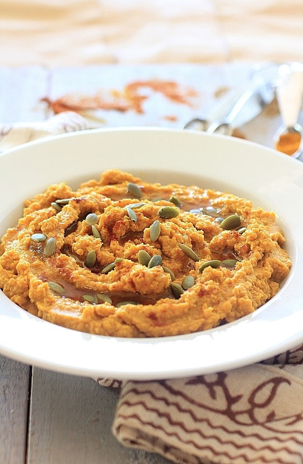 Savory Spiced Pumpkin Hummus + Pumpkin Hummus Veggie Wraps || Food as Medicine