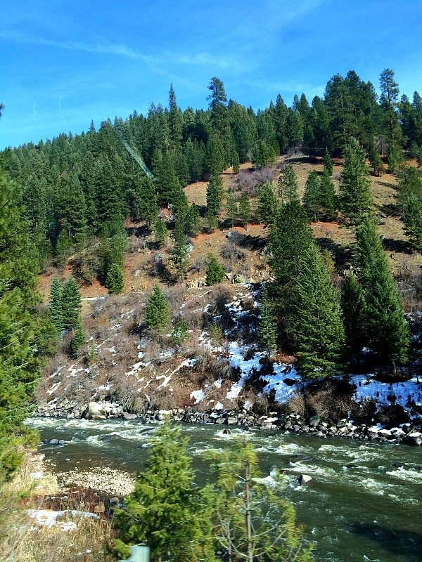The gorgeous Payette River Scenic Byway in Idaho | EA Stewart