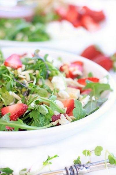 Strawberry Arugula Salad with Chicken, Goat Cheese, Almonds, and Creamy Strawberry Lemon Vinaigrette