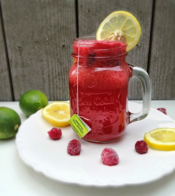 Cool off this summer with a tall glass of naturally sweetened Raspberry Lemon Iced Tea from Nourish RDs!