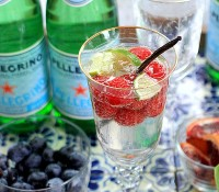 Simple Tips for Healthy Hydration + a DIY Sparkling Water Bar