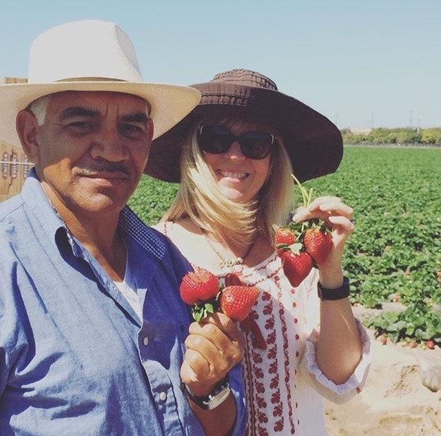 Happiness is hanging out in a California Strawberry field with a strawberry farmer! | Sponsored post at The Spicy RD