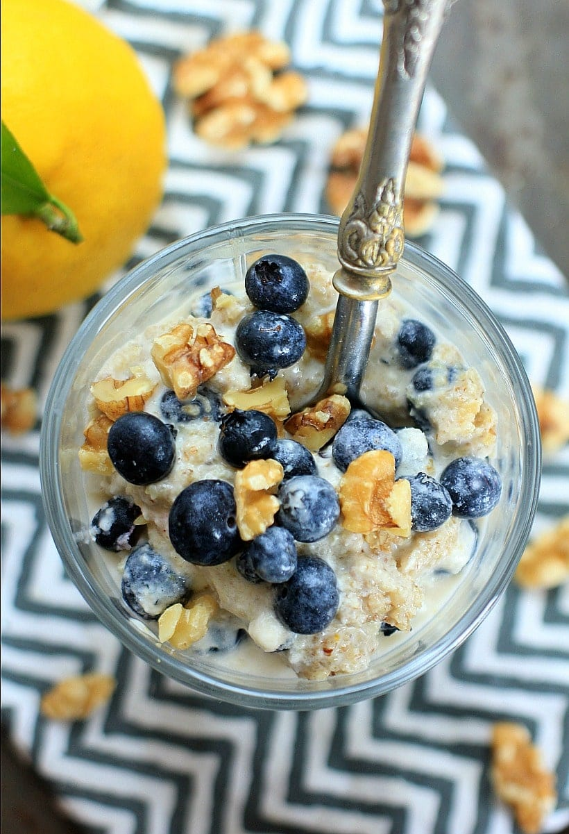 Healthy, refreshing, and delicious! Blueberry Lemon Ice Cream Sundae with Coconut Walnut Crumble | Recipe is gluten free, vegan, Paleo, low FODMAP. #sponsored by California Walnuts