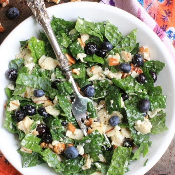 5 Reasons To Get Excited About Eating Leafy Greens + 16 Leafy Greens Recipes You'll Love