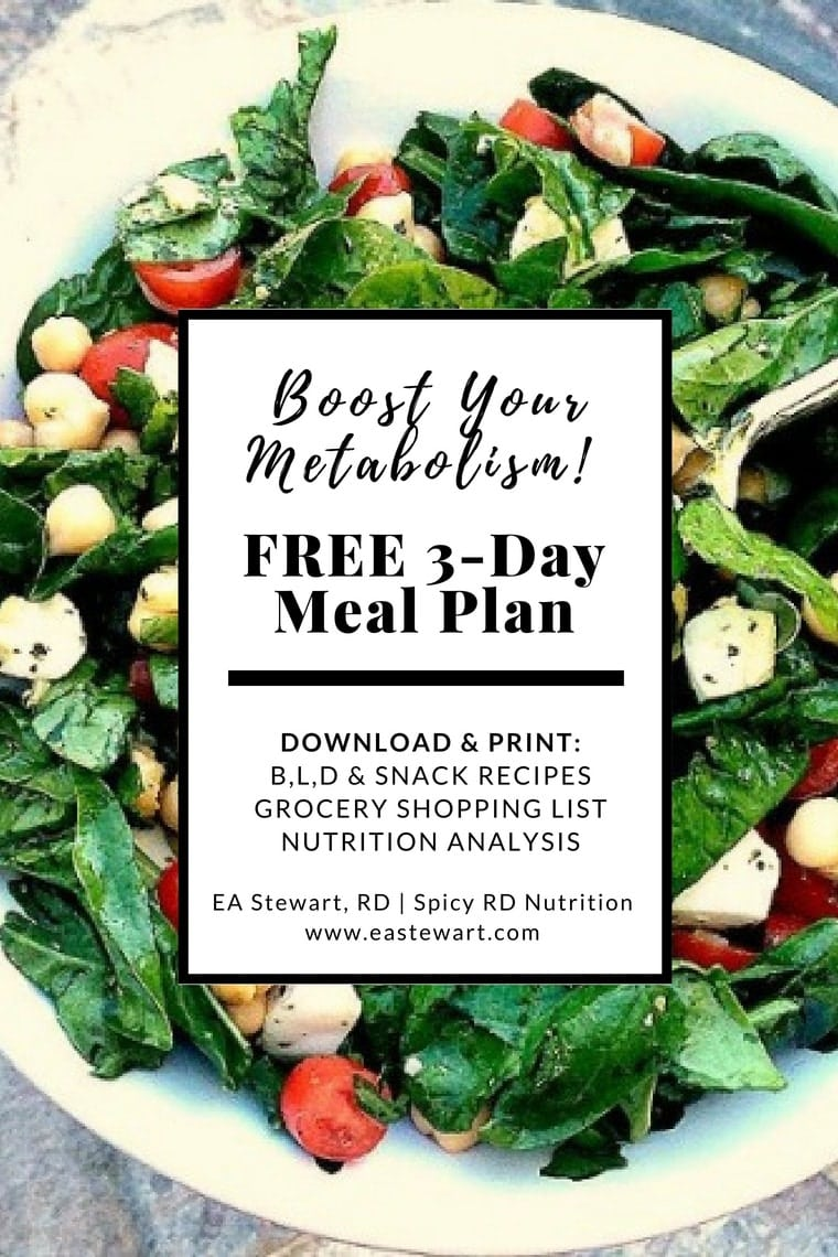 How to boost your metabolism | Spinach salad with free metabolism boosting meal plan text