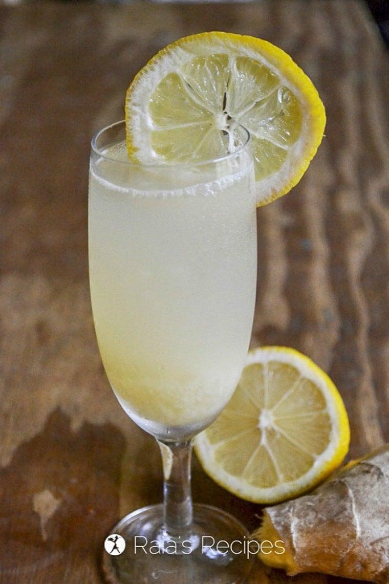 1 glass of fizzy ginger lemonade